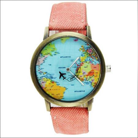 ساعت مچی طرح نقشه جهان